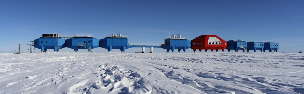halley-research-station-2