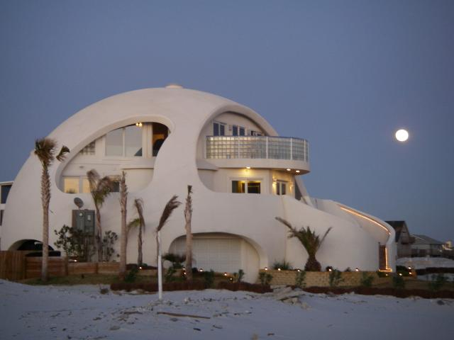 Dome Home Design Ideas: A Dome Home Built To Survive Hurricanes