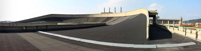 Fiat_Lingotto_Rooftop_Racetrack_2