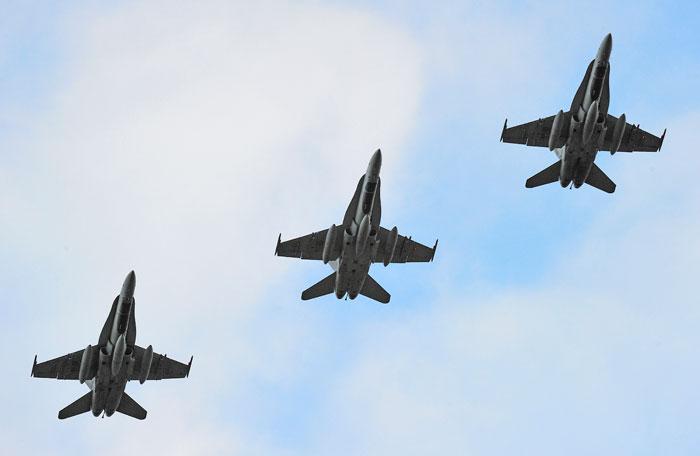 F-18 rca