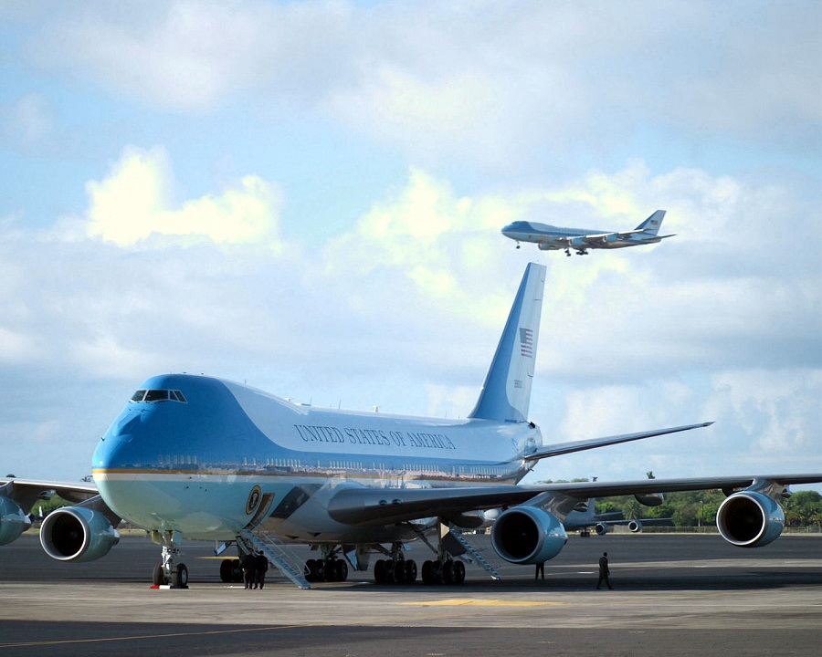 afThe_two_Boeing_VC-25A_Air_Force_One