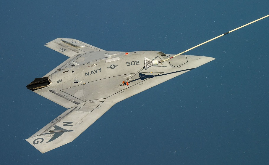 X-47B_receiving_fuel_from_a_707_tanker_while_operating_in_the_Atlantic_Test_Ranges