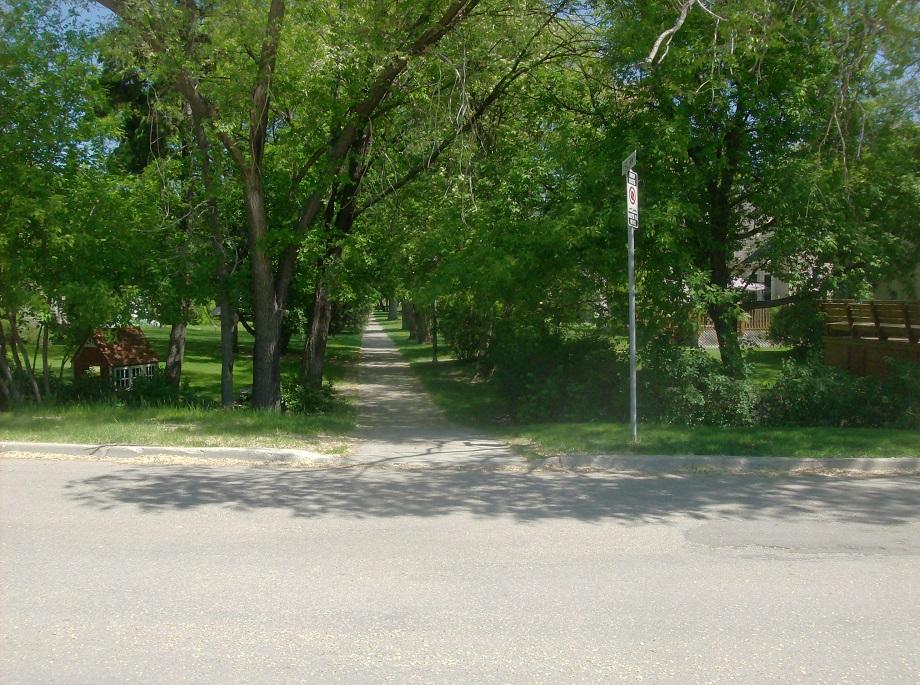 tour sidewalk