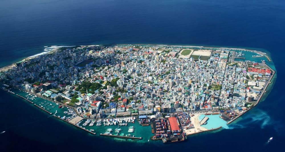 air male maldives