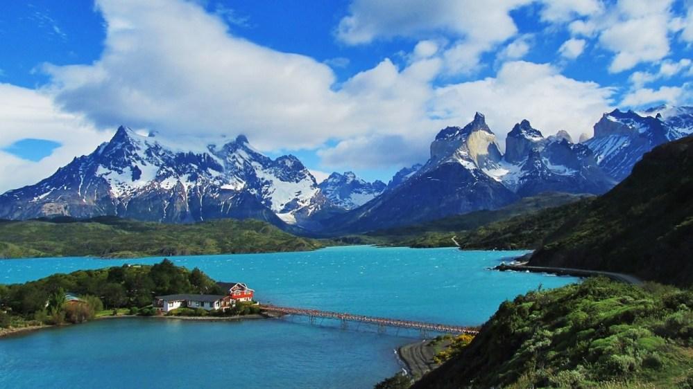 andestorres-del-paine-en-la-patagonia-chilena