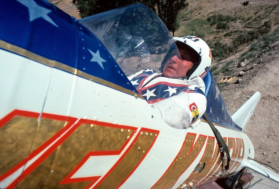 "WIDE WORLD OF SPORTS - ""Evel Knievel at Snake River Canyon"" - Airdate: September 8, 1974. (Photo by ABC Photo Archives/ABC via Getty Images) EVEL KNIEVEL"