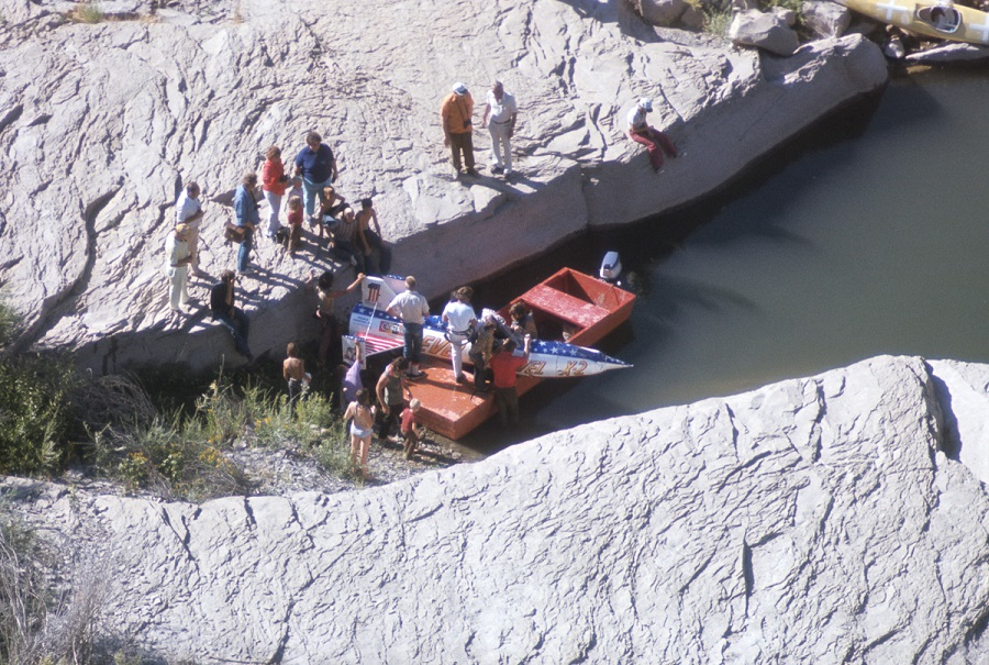 "WIDE WORLD OF SPORTS - ""Evel Knievel at Snake River Canyon"" - Airdate: September 8, 1974. (Photo by ABC Photo Archives/ABC via Getty Images) CREW WITH STUNT SKYCYCLE"