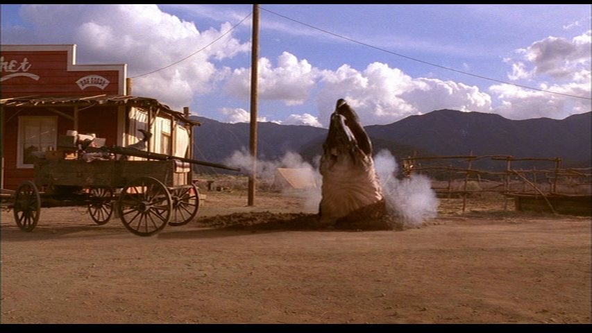 Tremors-4-The-Legend-Begins-Graboid-wagon-punt-gun