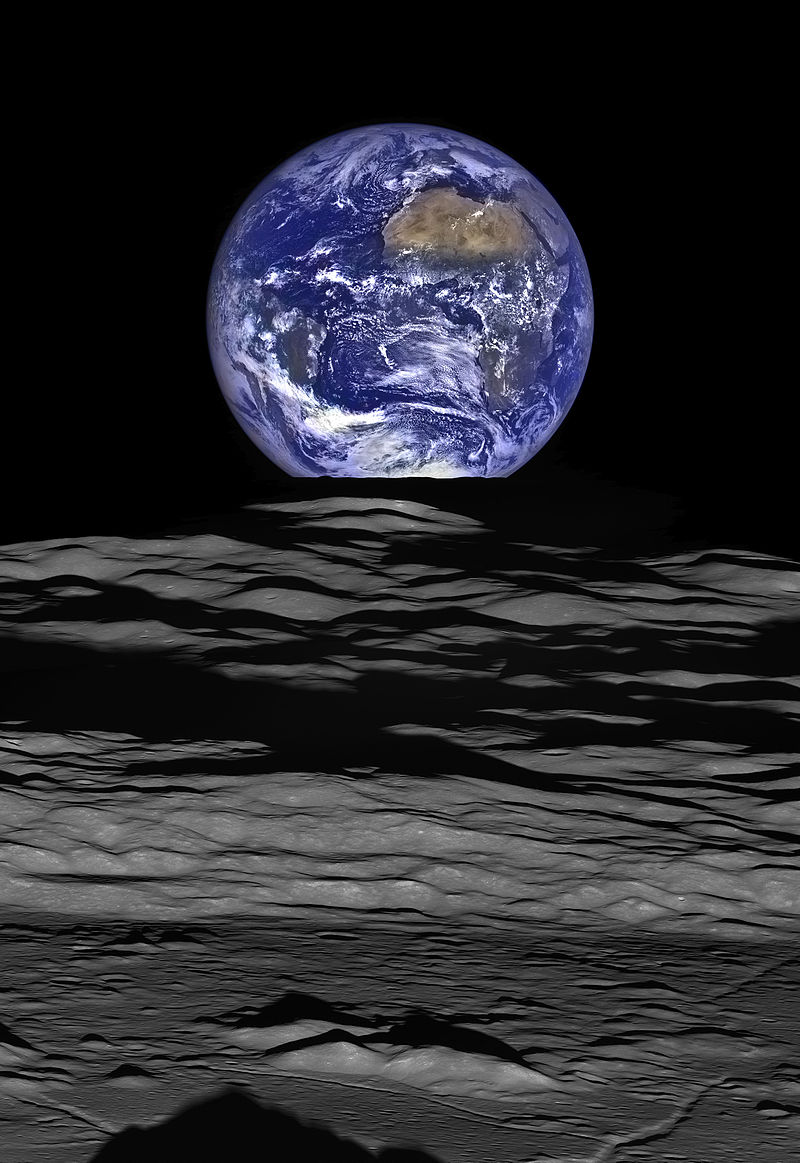 Earthrise_over_Compton_crater_-LRO_full_res