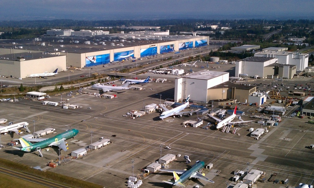 industry-aerial_boeing_everett_factory_october_2011