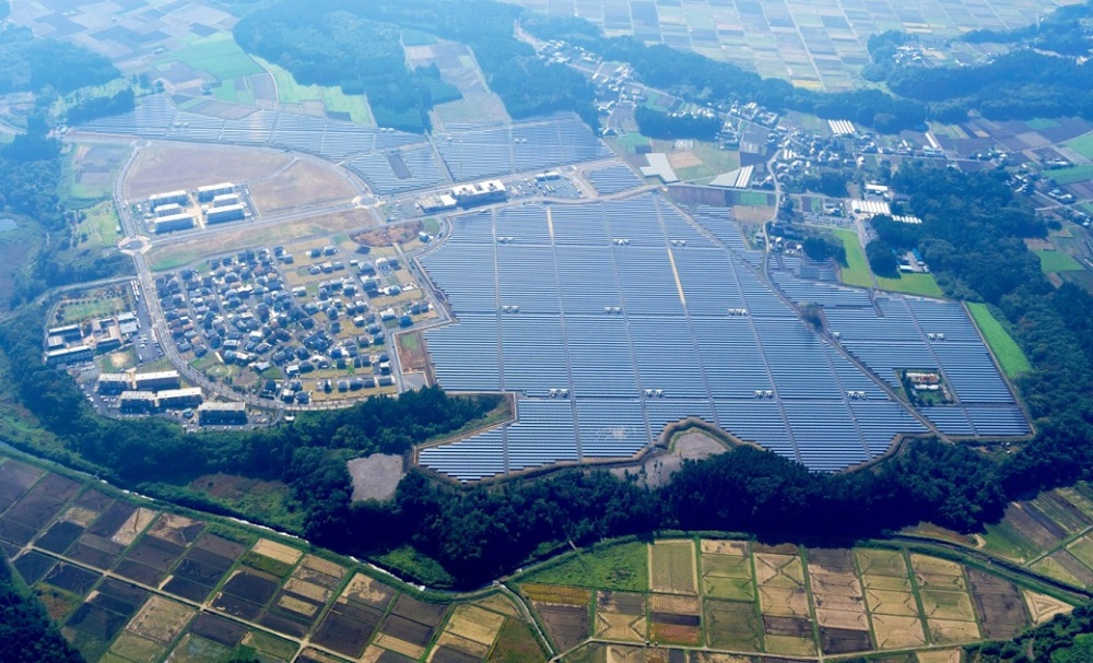 industry-mito%20newtown%20mega%20solar%20park%20in%20japan