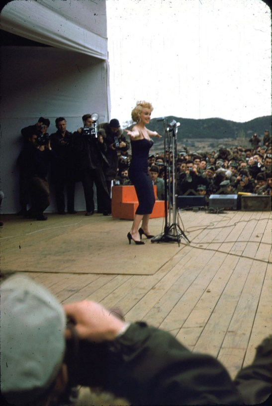 marilyn-monroe-korea2